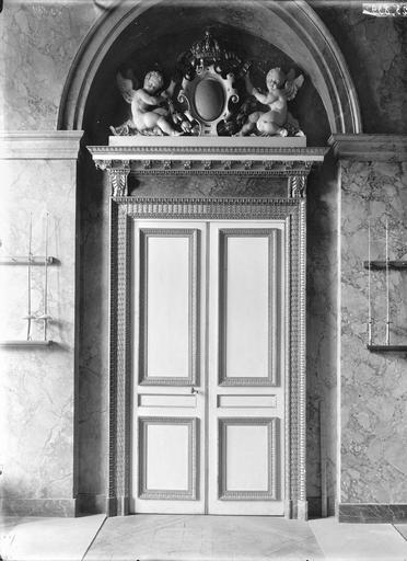 Photo de Porte de la salle d'armes du monument Palais du Luxembourg Paris
