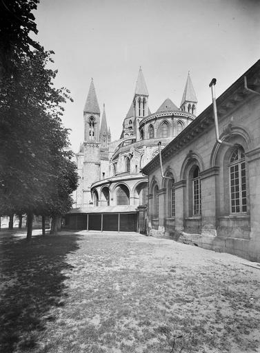 Photo de Abside du monument Eglise de Saint-Etienne-le-Vieux (ancienne) Caen
