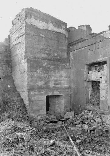 Photo de Abri 37 du monument Terrains de zone rouge/Observatoire 36 Montfaucon-d'Argonne