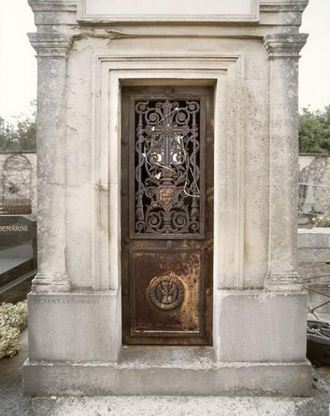 chapelle funéraire de la famille Roy Harcourt