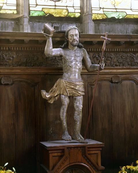 statue : le Christ glorieux