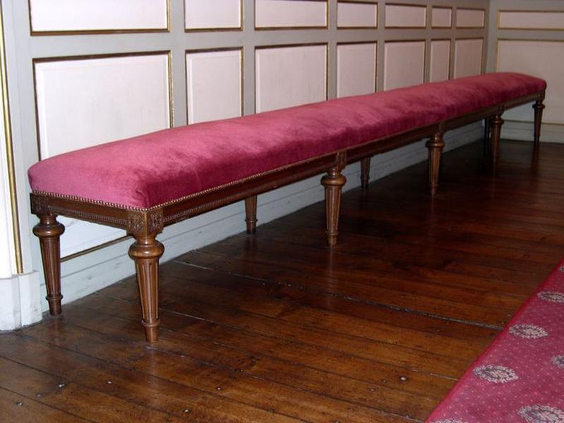 Présentation du mobilier de l'hôtel de ville