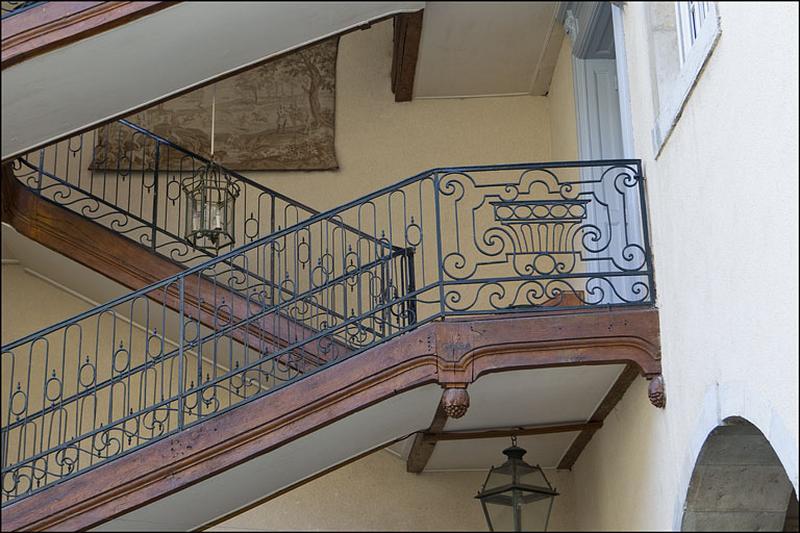 maison de chanoine, dite hôtel d'Orival, actuellement hôtel de voyageurs