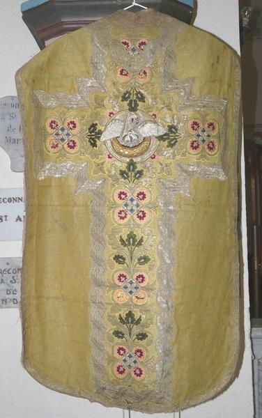 chasuble, manipule (ornement doré)
