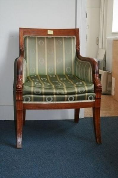 Deux fauteuils, dits bergères