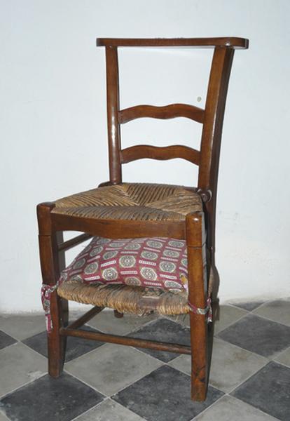 chaise prie-Dieu (No 3)