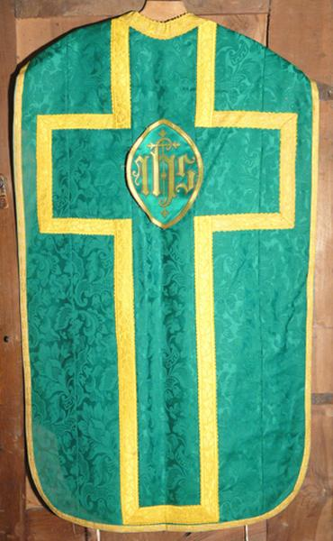chasuble (ornement vert) No 2
