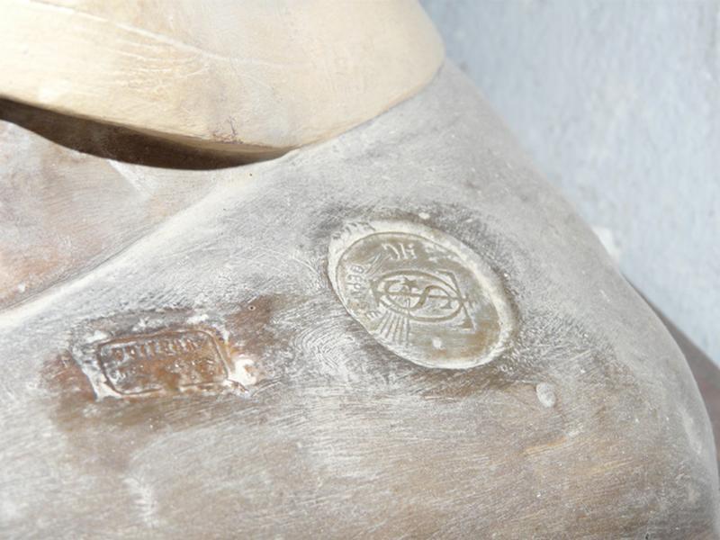 statue : Sainte Thérèse de l'Enfant Jésus