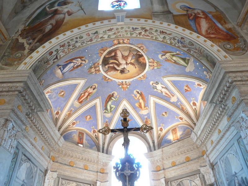 peintures monumentales : Dieu le Père, anges, ornement végétal, ornement géométrique