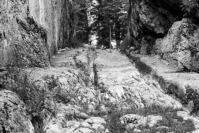 route (voie à ornières)