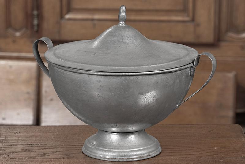 soupière (n° d'inventaire 88.281)