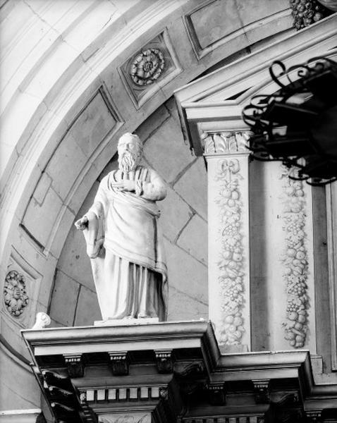 retable de l'autel majeur : statue de saint Paul