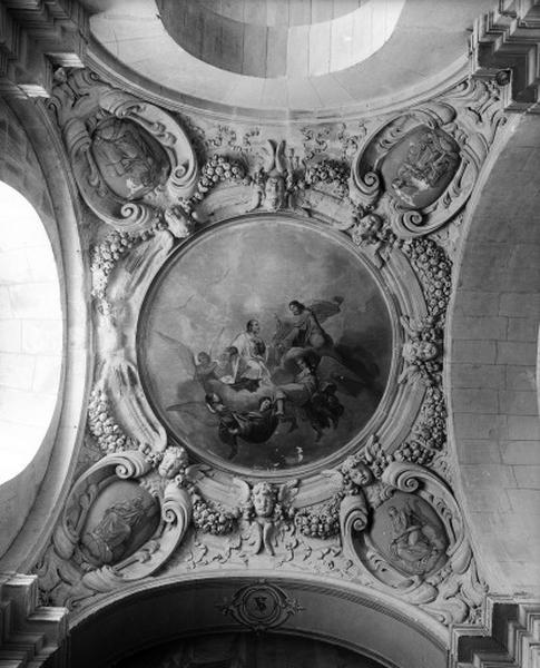 peinture monumentale; voûte; élément d'architecture