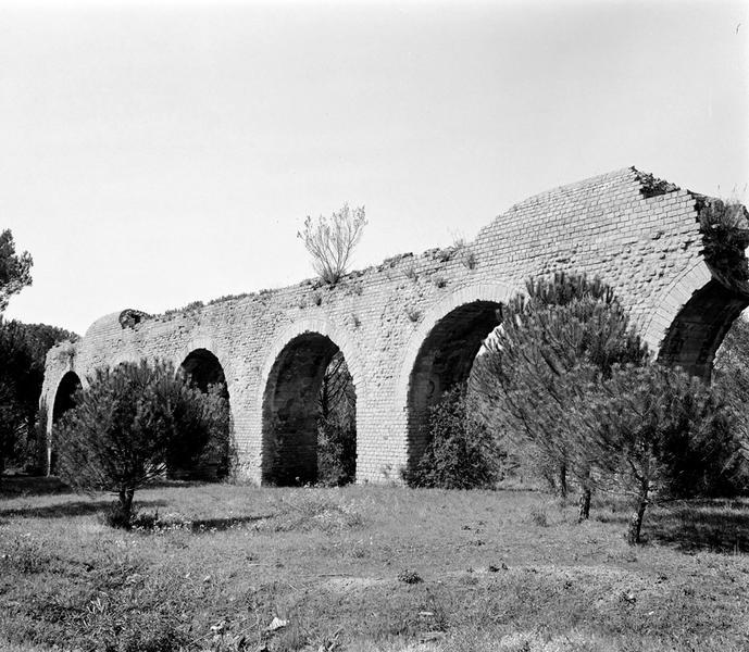 aqueduc : arche