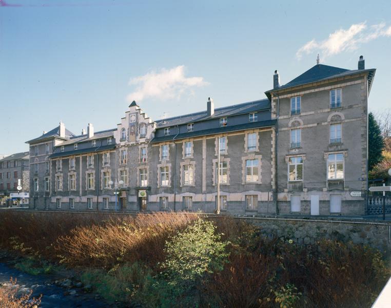 école primaire et école maternelle