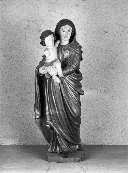 statue (petite nature) de la Vierge à l'Enfant