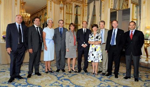 23 juillet : Signature d'un protocole d'accord Etat-Presse-Poste