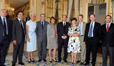 Signature de l'accord Etat/Presse/Poste